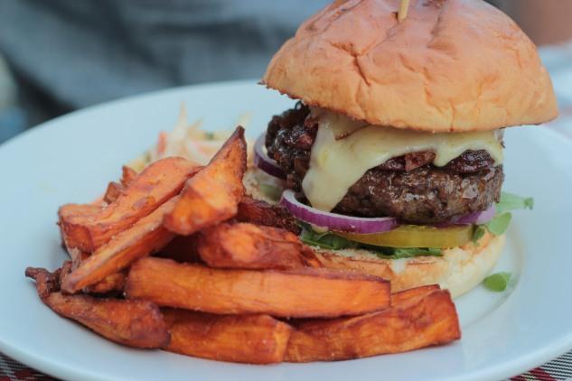 The Inn Deep burger