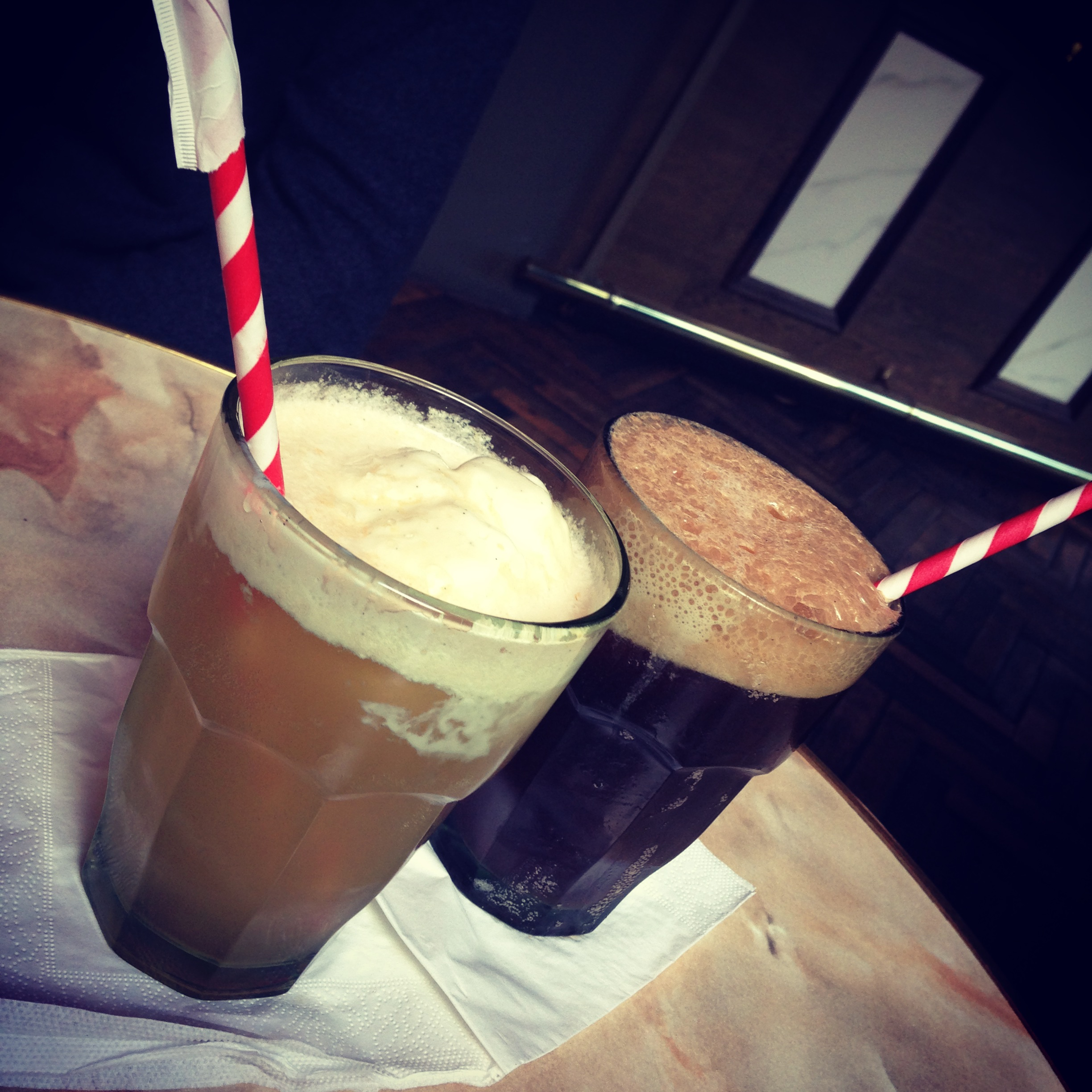 Alcoholic ice cream floats rum root beer bitters syrup for Ice cream with alcohol