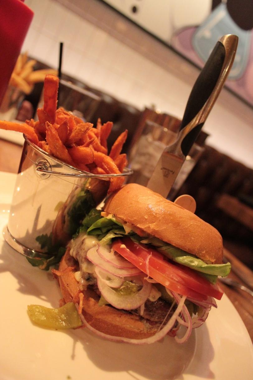 'El Machete' Burger